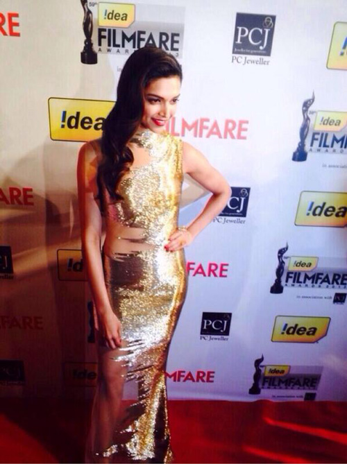 59th-filmfare-awards-2014-deepika-padukone-01
