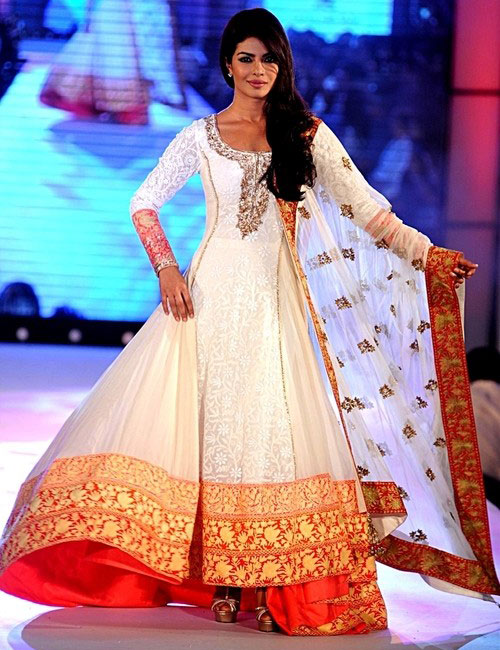 Manish Malhotra Anarkali 2014 South Asian Bridal Wea...