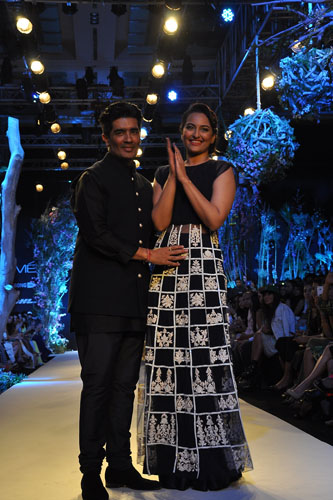 Manish Malhotra with the show stopper Sonakshi Sinha