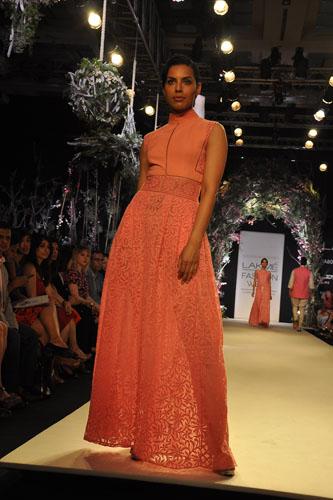 Model in Manish Malhotra 11
