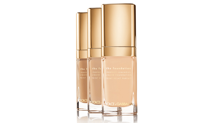 dolce-and-gabbana-perfect-luminous-liquid-foundation-advertising-campaign