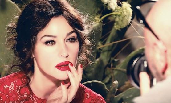 dolce-and-gabbana-monica-bellucci-backstage-ad-campaign-video-_857x4811