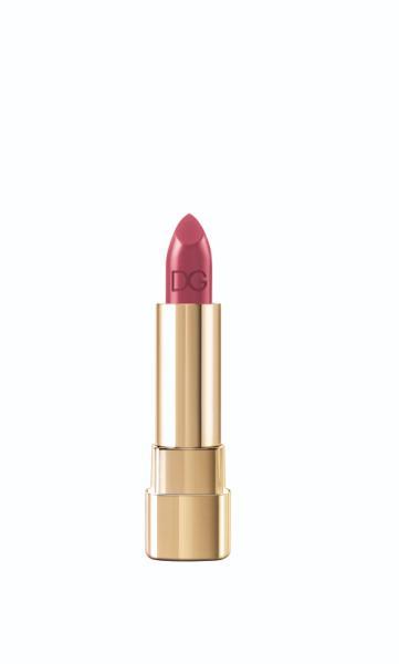the lipstick_Classic Cream Lipstick_ CHIC_230_packshot_low res