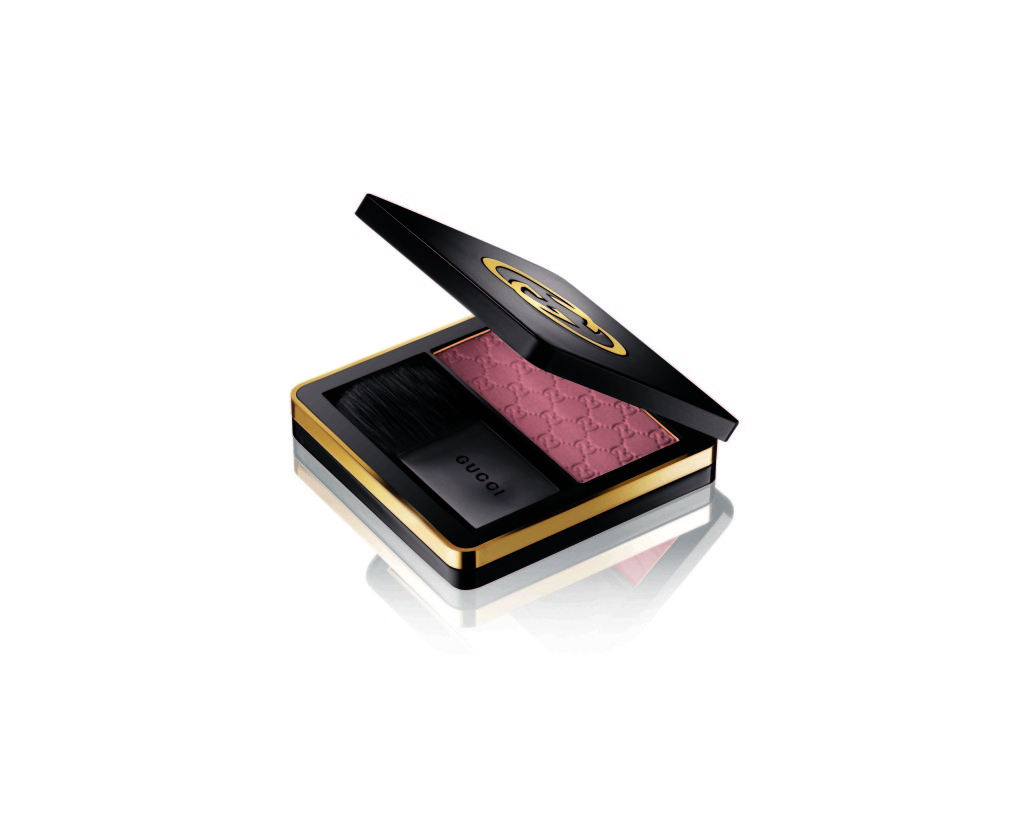 Gucci_face_Sheer Blushing Powder_040_Nude Fresia_RS