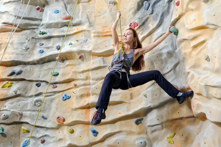 indoor-rock-climbing1